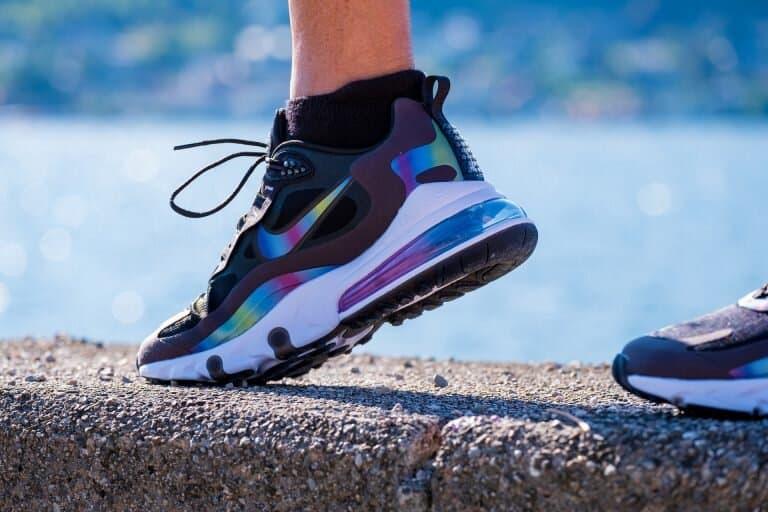 Дамски маратонки 2021: Модерни тенденции за стилни дами