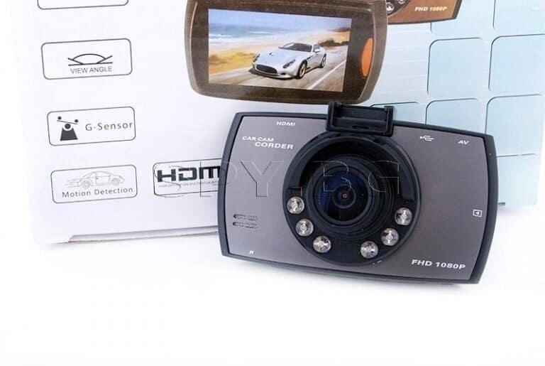 Необходимо ли е да снабдите личния си автомобил с видеорегистратор?