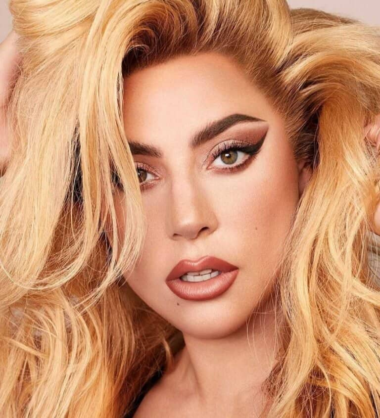 Лейди Гага сподели селфи без грим в Instagram