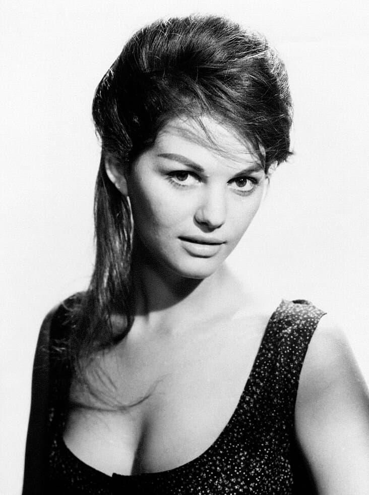 Claudia_Cardinale_1960