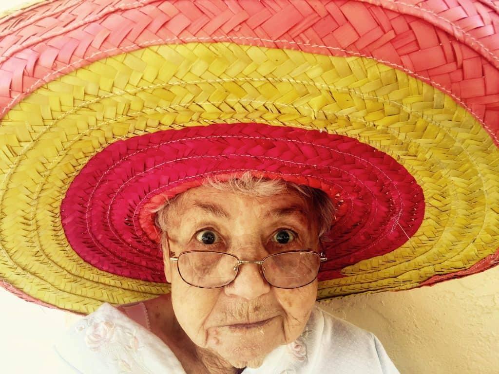 баба-с-шапка